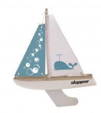 Skipper Whale 8-inch Chubby Pond Yacht