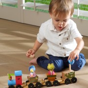 trains-peter-rabbit-puzzle-train-lifestyle