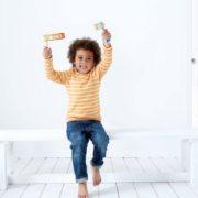 E0314 Happy Noisemaker child 2