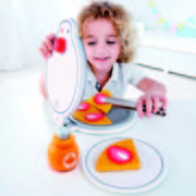 E3149 My First Waffle Maker with child-01 small