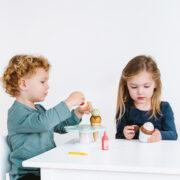 TV310-Carlos-Gelato-2020-Girl-Boy-Eating-Ice-Cream